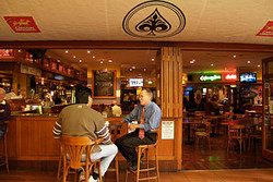 Aces Bar and Bistro - Accommodation Kalgoorlie