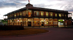 The Grand Terminus Hotel - Accommodation Kalgoorlie