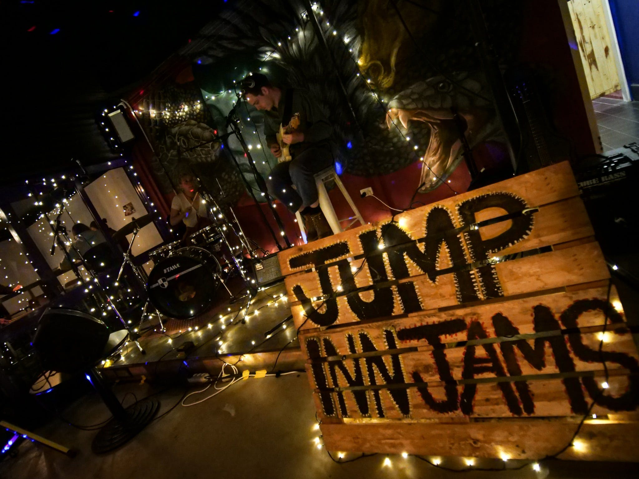 Jump Inn Jam Sessions - Accommodation Kalgoorlie
