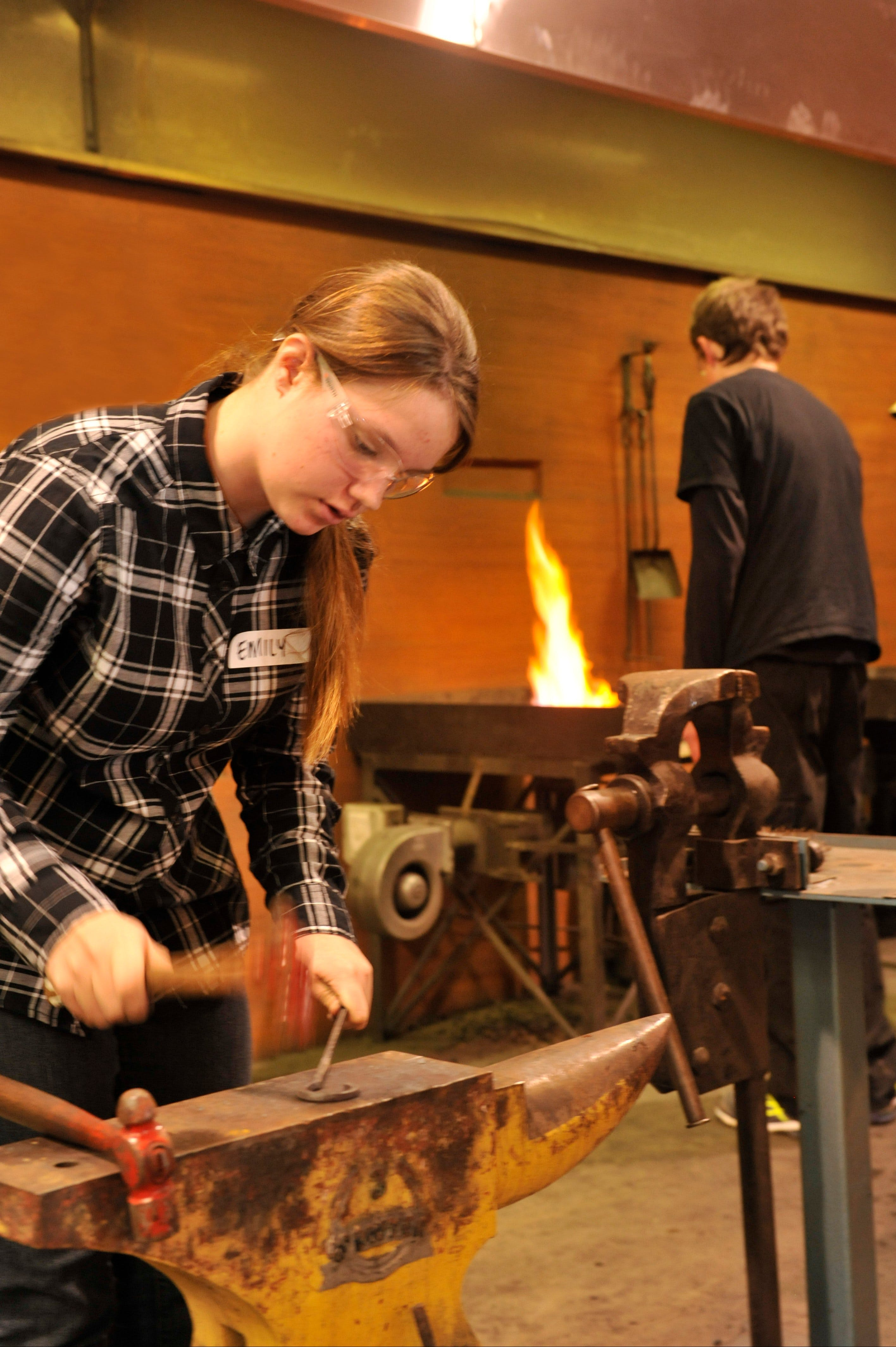 Blacksmithing Teen Workshop - Accommodation Kalgoorlie