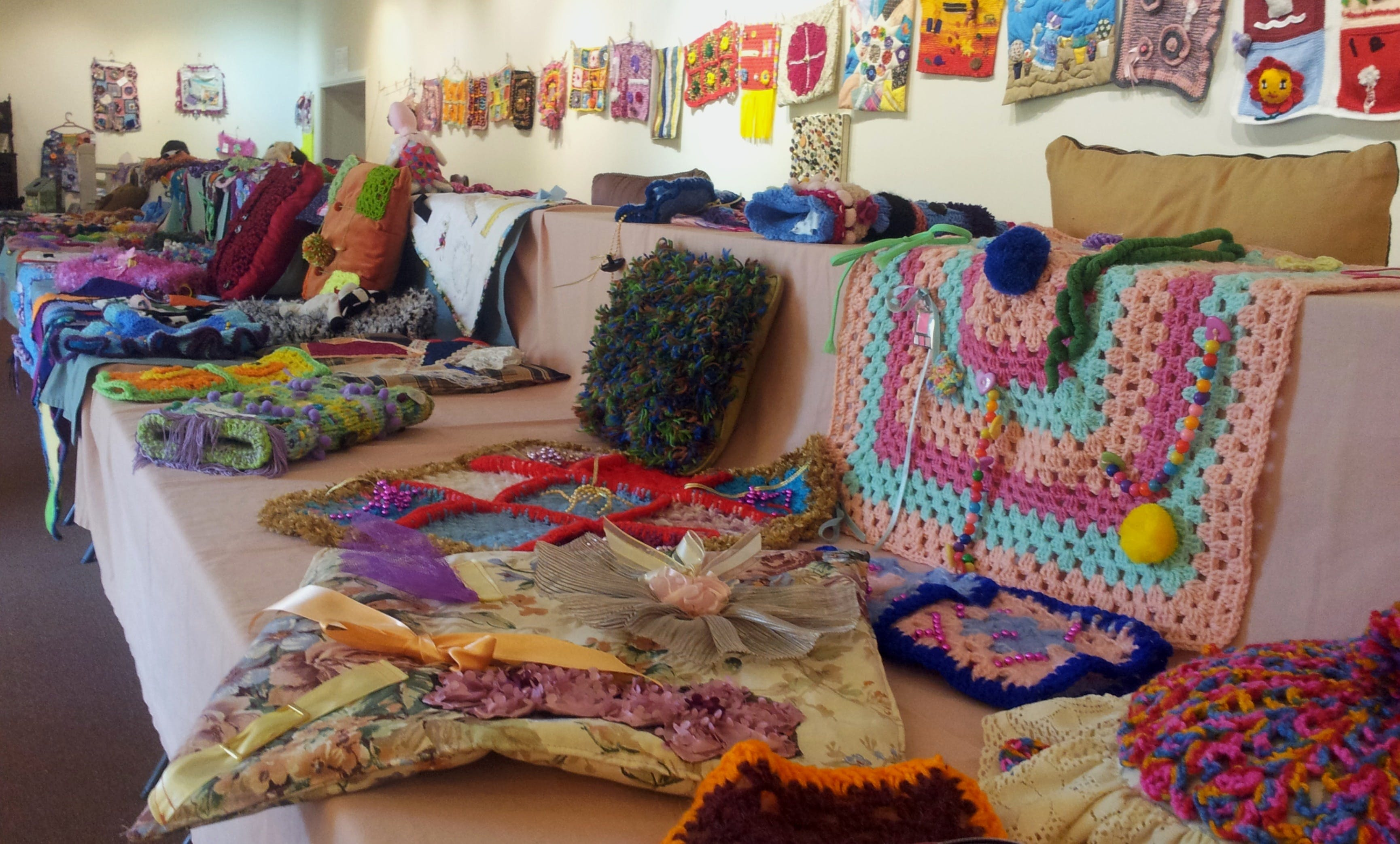 Dementia Fiddle Rug Exhibition - Accommodation Kalgoorlie
