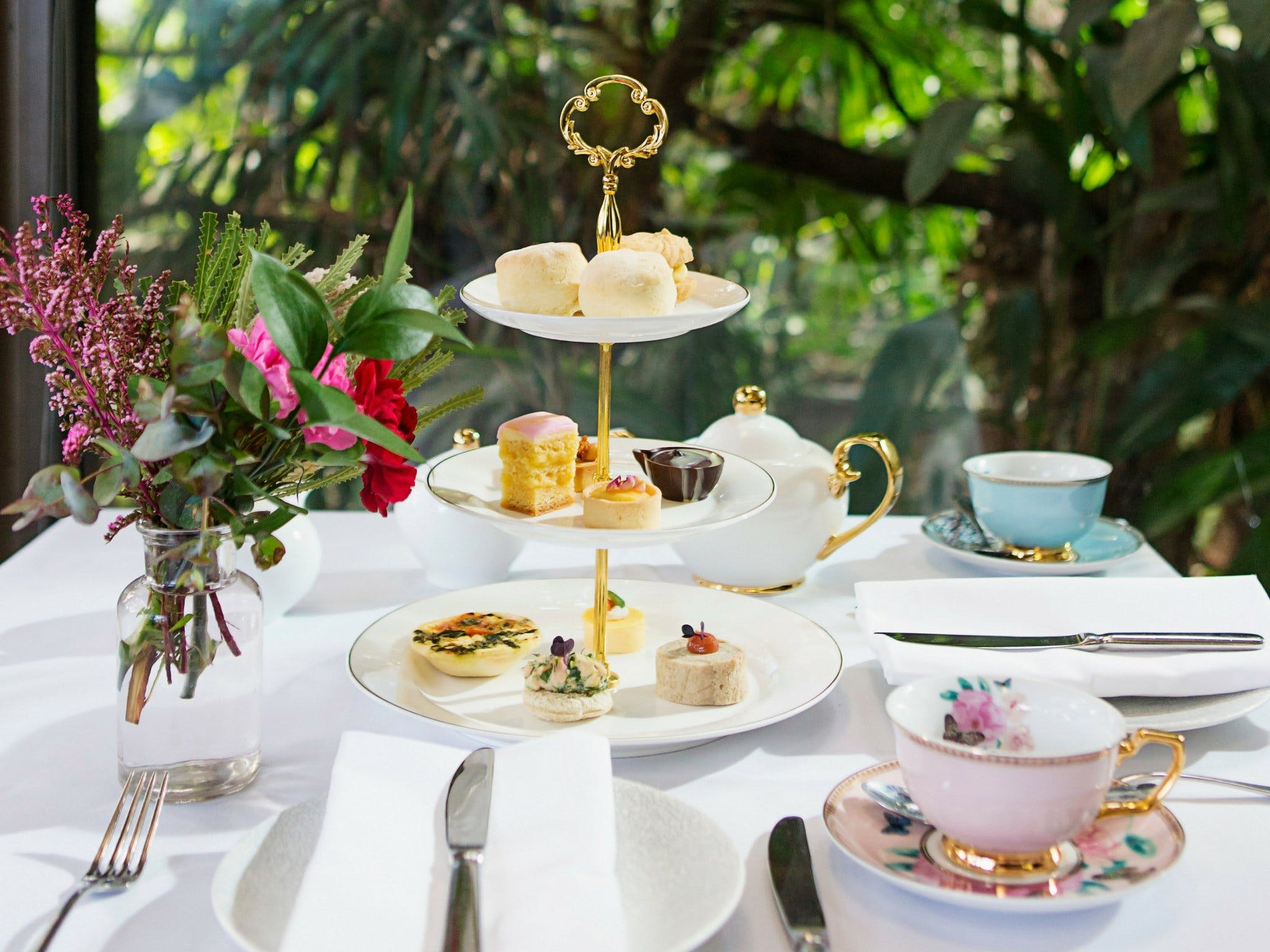 High Tea at Melbourne Zoo - Accommodation Kalgoorlie