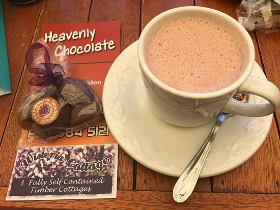 Stanthorpe's Heavenly Chocolate at Wisteria Cottage - Accommodation Kalgoorlie