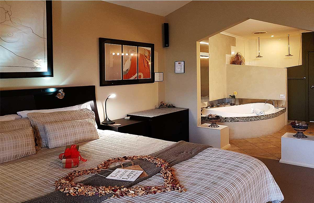 Romantic Getaways at Riverview Rise Retreats - Accommodation Kalgoorlie