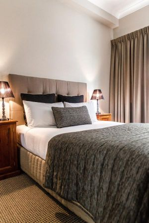 The Belmore All-Suite Hotel - Accommodation Kalgoorlie