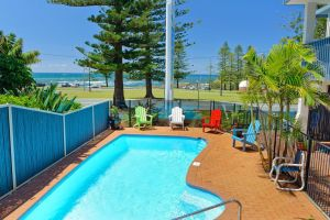 Beach House Holiday Apartments - Accommodation Kalgoorlie