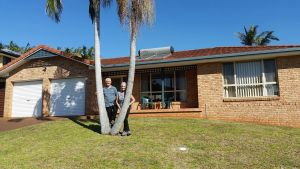 Twin Palms Holiday House at Lighthouse - Accommodation Kalgoorlie