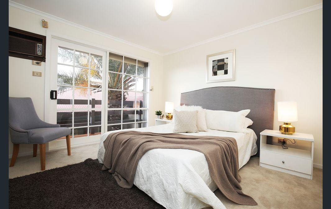 The Gallery Hours - Accommodation Kalgoorlie