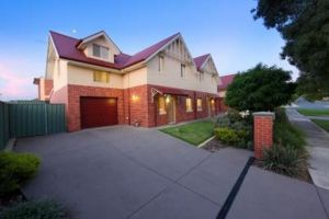 Albury Suites - Schubach Street - Accommodation Kalgoorlie