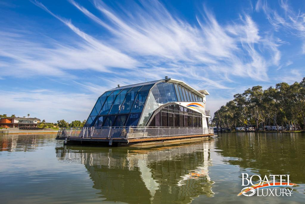 All Seasons Houseboats - Accommodation Kalgoorlie